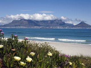 Luxury Self Catering Apartment, Blouberg