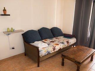 Fania Bliss One-Bedroom Apartment 5