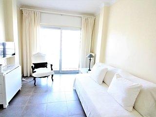 Charmant 2 pièces de 60m² avec balcon proche des plages du palm beach