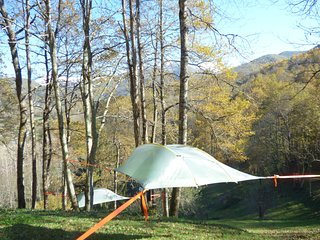 Tentes suspendues Skylodge, dormir entre Ciel et Terre