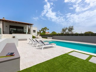 Wine Villa with Private Pool in Chania, Crete