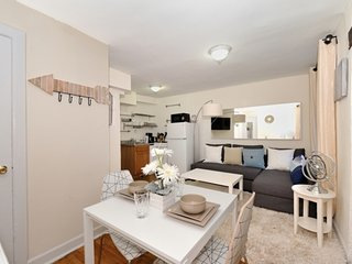 Chic Murray Hill duplex near Empire State and Grand Central. Awesome NY location