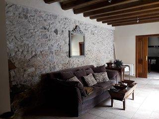 Alojamiento por Habitaciones o casa Entera