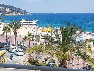 Bonito apartamento para 4 personas con impresionantes vistas al mar !!!