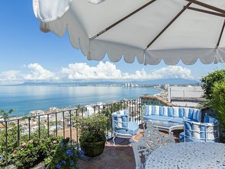 Traditional house with great views of the bay , walking distance to the beach
