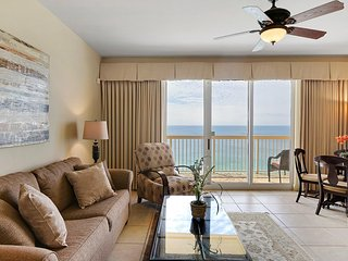 Calypso 2207 East Tower - Spectacular Penthouse View, +Beach Chairs, +Netflix, +