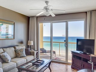 Calypso 605 East Tower: Master on Gulf with FREE Beach Service, NETFLIX+++