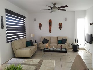 Beautiful property in a gated community with swimming pool 5 min from the beach