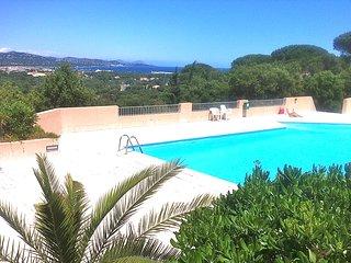 Petite maison a 5km de St Tropez