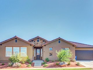 Stunning new home w/ private hot tub & shared pool, fitness, & more!