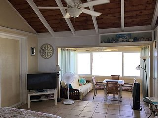 BEACHFRONT vacation Cottage (second floor), steps from the beach!