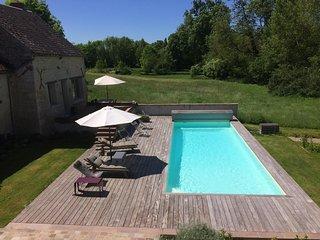 Maison avec piscine à 1h15 de Paris dans un des plus beaux villages de France