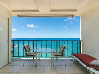 ROMANTIC CONDO FOR 2 ON BEACH-HAW. PRINCESS-CLEAN-180º OCEAN/SUNSET VIEWFREE PKG