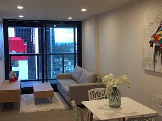 Auckland CBD Brand New 2 Bedrooms Apartment