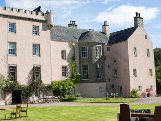 219 - Romantic Scottish Castle