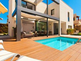 Villa Jade II