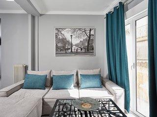 Cozy apartment in Petralona.