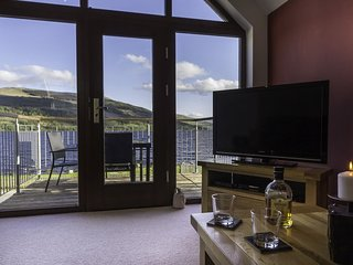 Ben Lawers, sleeps 4 and dog friendly.  Views of Loch Tay
