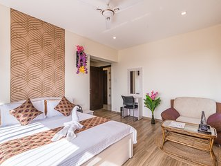 Panoramic View Rooms in Malad east
