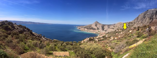 Panoramic view of beautiful Omiš riviera