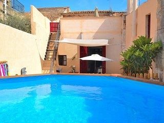 229 Petra Mallorca
