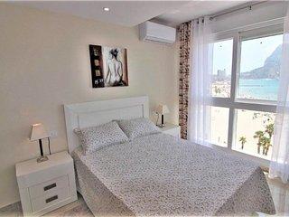 Apartamento 4 personas en primera linea de playa(AEURO0506)