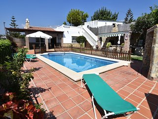 Attractive villa at walking distance from Nerja (020)