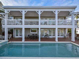 Direct Oceanfront Home, Private Pool/Spa