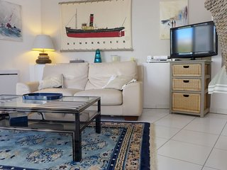 2 bedroom Apartment in Biarritz, Nouvelle-Aquitaine, France : ref 5700228