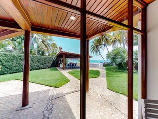 Oceanfront villa with private pool & ocean views - beach across the street!