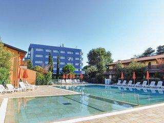 2 bedroom Villa in Lignano Sabbiadoro, Friuli Venezia Giulia, Italy : ref 555080