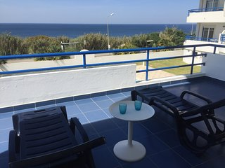 Ericeira cozy apartment with pool and ocean view