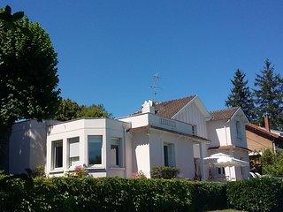 Chambre d'hôtes dans propriété de caractère - Sud Auvergne