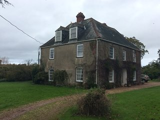 Country House under a mile from Exmouth beach