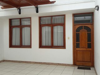Alquilo casa en Pacasmayo