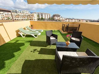 8 - Apartment with all day sunny Private Roof Top Solarium - Sea & mountain view
