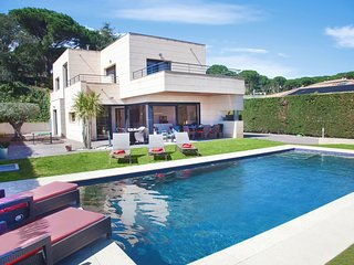 4 bedroom Villa in Les Cabanyes, Catalonia, Spain : ref 5533093