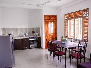 Calm Villa(Calm beach 3bed room apartment/ Top floor)