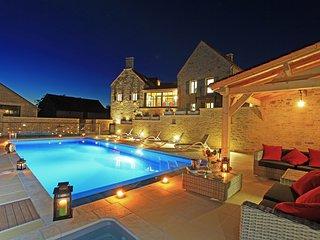 Les Terrasses Demeure de charme avec piscine privative dans superbe domaine