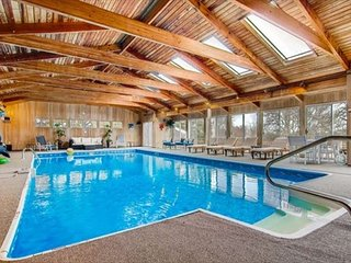 5 bedroom Chilmark home with pool