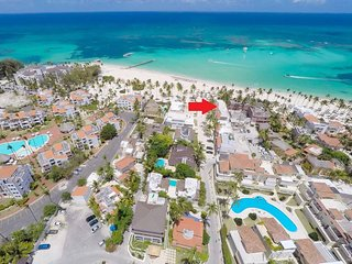 FLOR DEL MAR - 1 BED, OCEAN VIEW, RIGHT ON LOS CORALES BEACH! ONLY $98 MAY 2018!