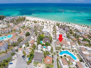 LUXURY VILLA PENTHOUSE, 2 FLOORS,OCEAN VIEW, POOL, LOS CORALES! ONLY $198 MAY!