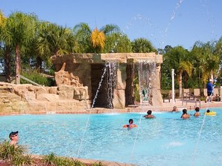 Comfy4BD/3BA Paradise Palms Resort close to Disney
