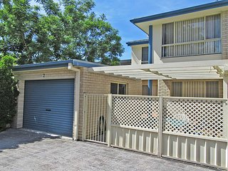 2 'Mahi Mahi', 5 Achilles Street - 3 bedroom between Shoal Bay and Little Beach