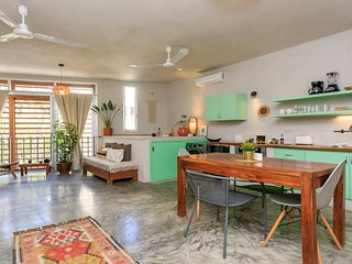 Enchanting Condo 'Jungle Breeze' with all comforts!