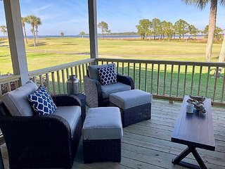 Enjoy Gorgeous Bay & Marina Views From 2 Relaxing Decks!!! Beautiful 2 Bedroom C