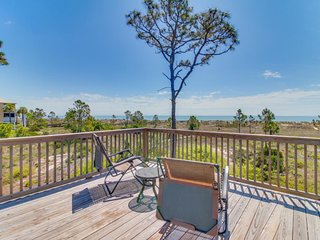 Stunning, dog-friendly, oceanfront home w/ direct beach access!