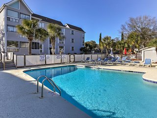 NEW! 2BR Myrtle Beach Condo - Walk to Beach & Pier