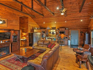NEW! Rustic Angelica House w/ Deck & Mtn Views!