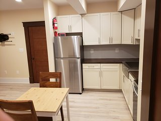 Brand new 1BR w/ private entrance, kitchen, bath